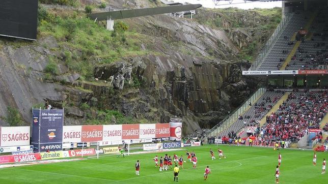 Resultado de imagen de estadio de futbol croacia