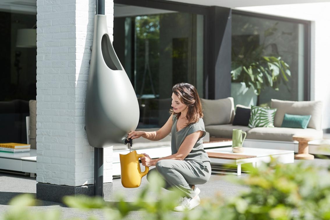 Este dispositivo te permite 'cosechar' agua de lluvia en tu propiacasa